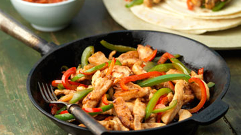 chicken-fajitas-with-pepper-and-onion-filling